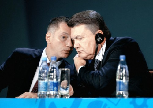 """Порошенко ведет переговоры о покупке телеканалов News One и """"112"""" у Азарова и Захарченко, - Корбан - Цензор.НЕТ 3832"""